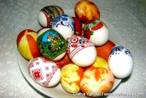 Easter eggs – edible decoration for holiday table.